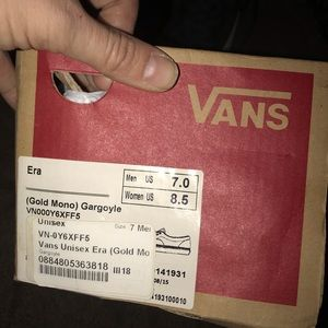 Vans Shoes - Era gold mono vans grey